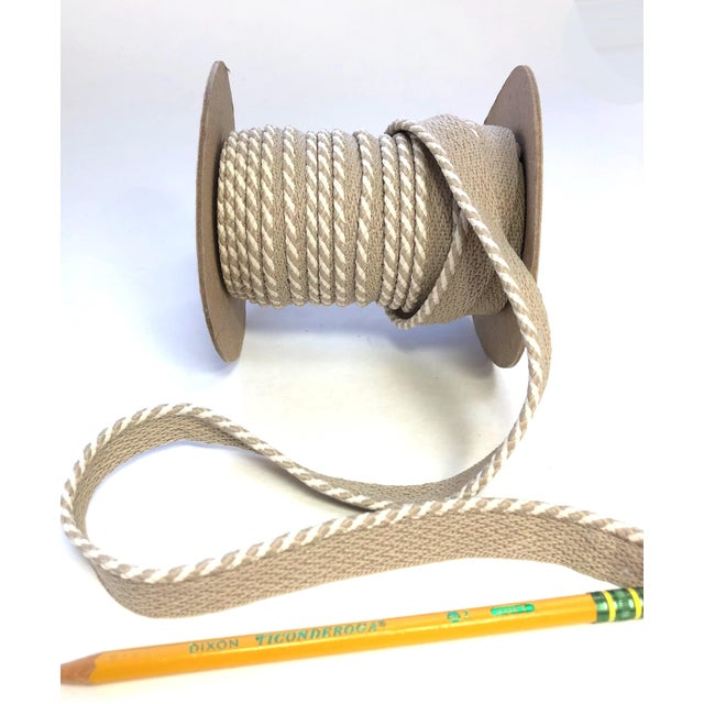 """2010s Braided 1/4"""" Indoor/Outdoor Cord in White/Sand For Sale - Image 5 of 9"""