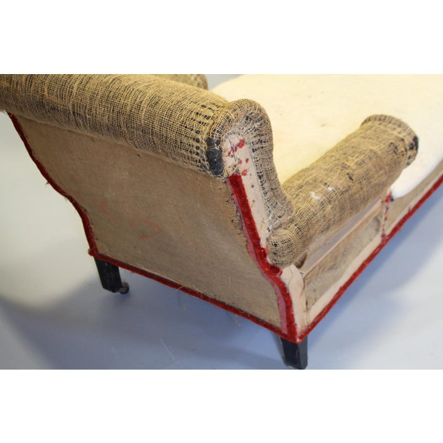 Napoleon iii chaise lounge with scrolled back original for Chaise napoleon
