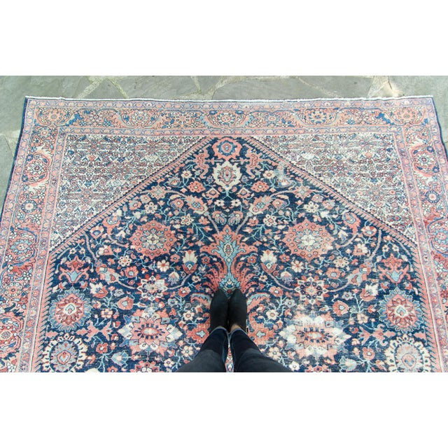 """1920s House of Séance - 1920s Vintage Mahal Geometric Medallion Wool Hand-Knotted Rug - 8'6"""" X 11'7"""" For Sale - Image 5 of 11"""