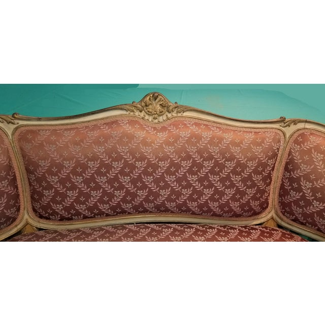 1930s Vintage French Provincial Louis XVI Rose Settee Rococo Canape Loveseat For Sale - Image 5 of 11