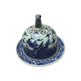 Blue & White Chinese Bowl W/ Foo Dog Lid For Sale