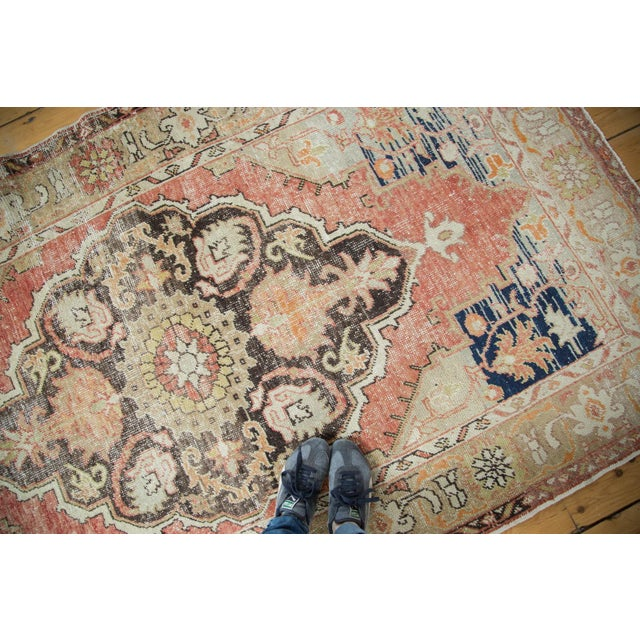 Vintage Oushak Carpet - 4′10″ × 8′2″ For Sale - Image 10 of 10