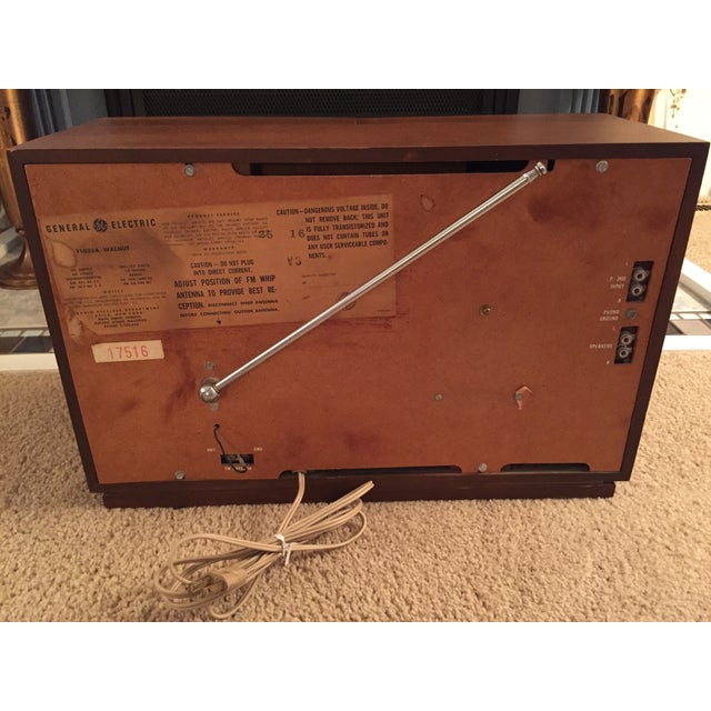 Mid-Century General Electric Folding Speaker Radio - Image 7 of 7