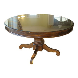 English Traditional Round Dining Room Table With Glass Top For Sale