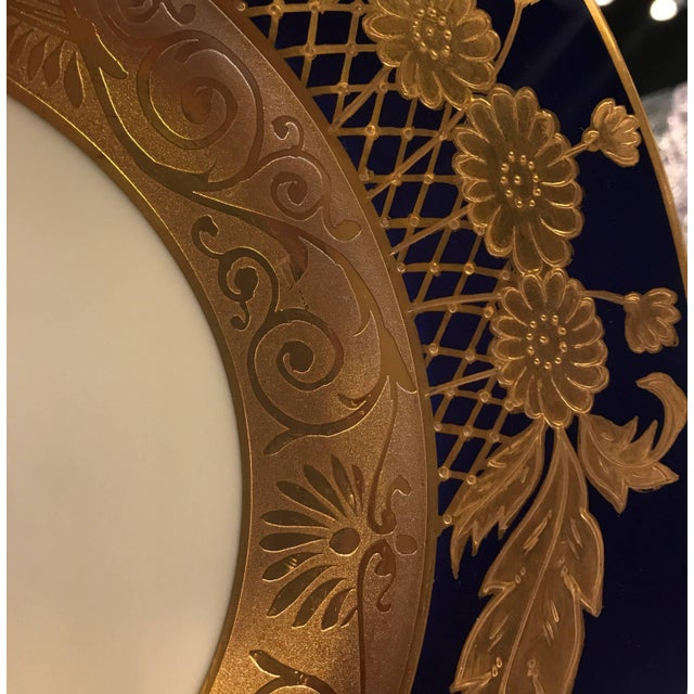 Ceramic 20th Century Edwardian Cobalt and Gilt Service Dinner Plates - Set of 12 For Sale - Image 7 of 10