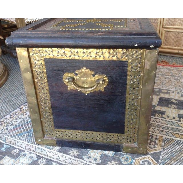 1980s Moroccan Chest / Coffee Table For Sale - Image 11 of 13