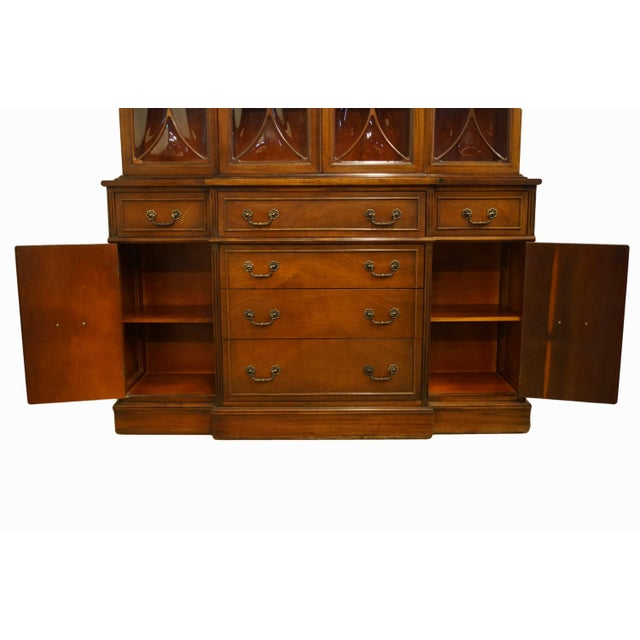 1960s 1960s Mahogany Traditional Style Secretary Credenza With Display China Cabinet Hutch For Sale - Image 5 of 13