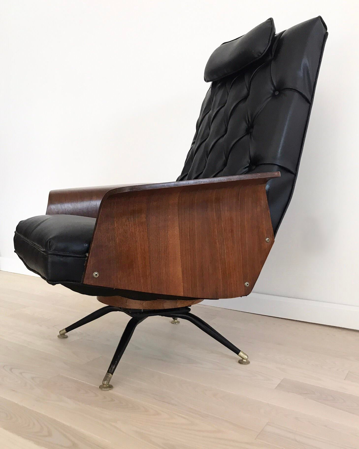 Super Sexy Mid Century Black And Bentwood Teak And Plywood Arm Lounge Chair.  Perfect
