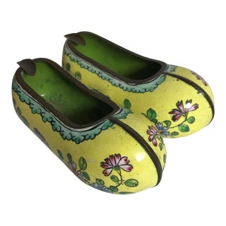 Chinese Enameled Dutch Clog Ashtray