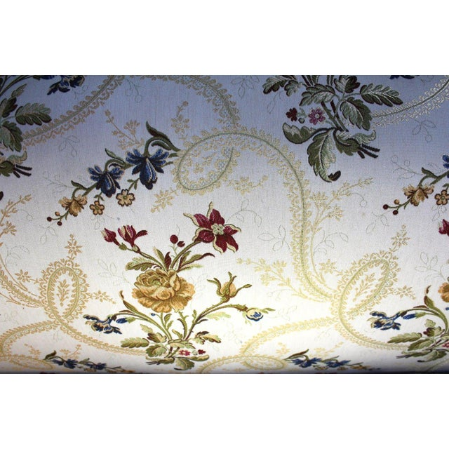 Louis XV Style Canape en Corbeille Settee For Sale - Image 5 of 8