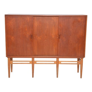 Danish 90 Teak Cabinet by Illum Wikkelsø for Soren Willadsen, 1950s For Sale