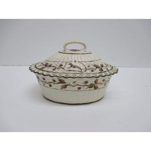 Antique Cream Ware Butter Dish With Pierced Rim Basket Weave Style For Sale In Miami - Image 6 of 6