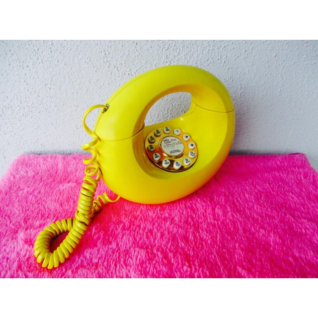 Bright Yellow Sculptura Donut Telephone Phone - Image 3 of 11