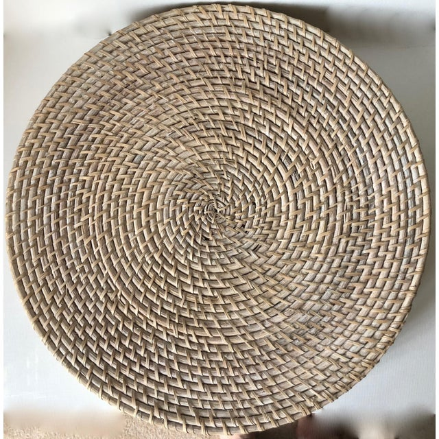 "Artifacts Rattan 18""Round Tray For Sale In New York - Image 6 of 10"