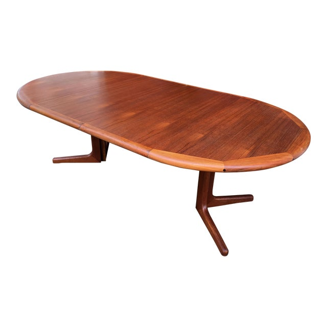 Danish Modern Teak 48 Round Pedestal Dining Table 2 Leaves By