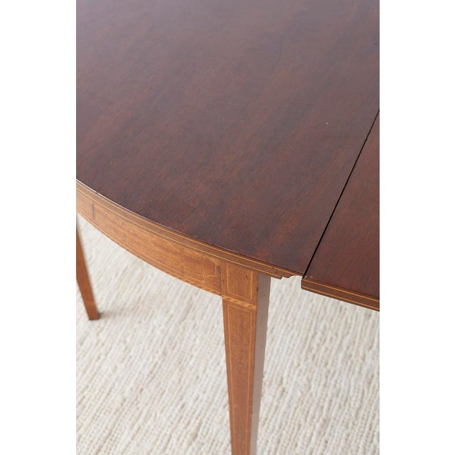 American Hepplewhite Style Mahogany Banquet Dining Table For Sale - Image 11 of 13