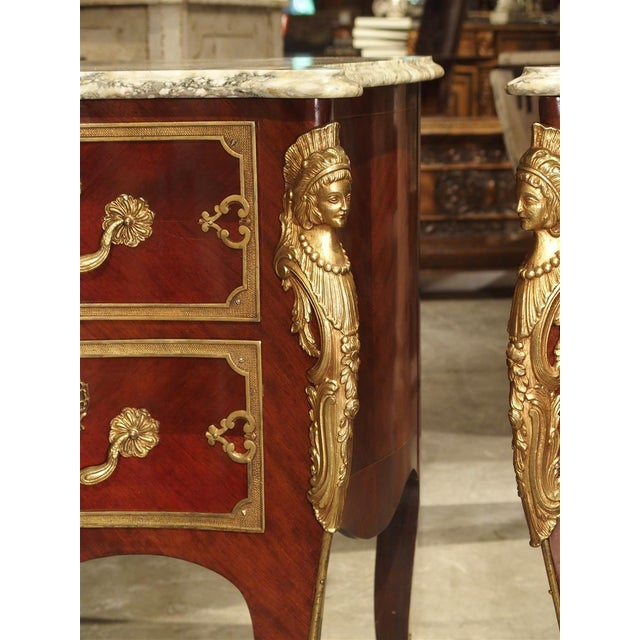 Pair of Early 1900s Mahogany and Gilt Bronze Mounted Louis XV Style Commodes For Sale - Image 10 of 13