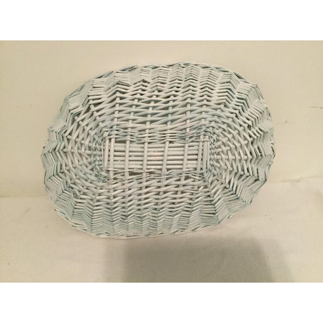 White Wicker Basket For Sale In Columbia, SC - Image 6 of 8