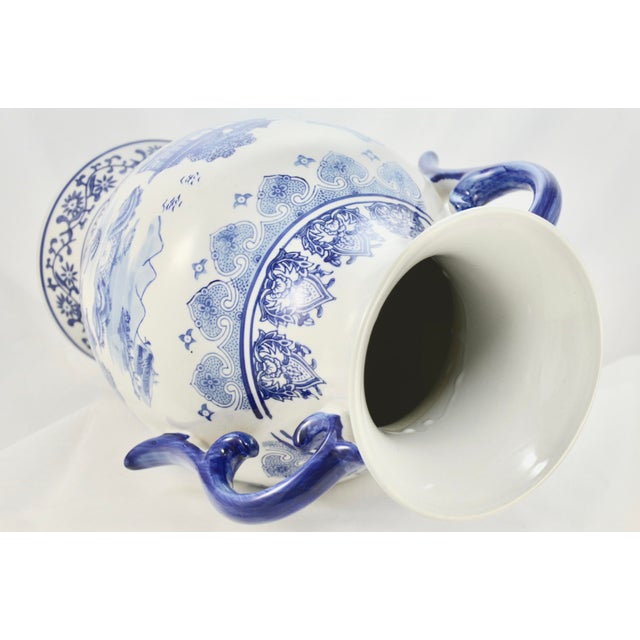 Chinoiserie Blue & White Urn For Sale In Chicago - Image 6 of 7