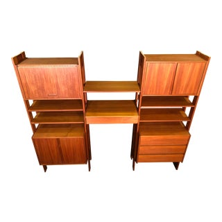 Mid Century Modern Teak Cabinet and Shelving Bookcase Unit For Sale