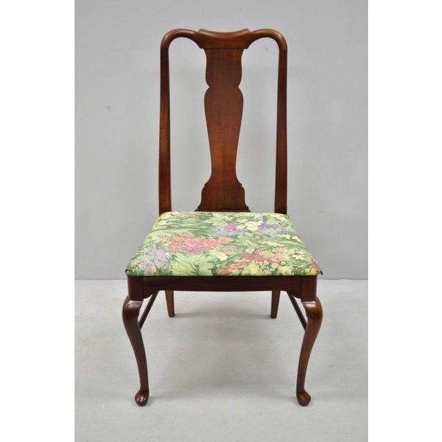 Queen Anne 1960s Vintage Thomasville Queen Anne Style Solid Cherry Wood Dining Chairs- Set of 6 For Sale - Image 3 of 13