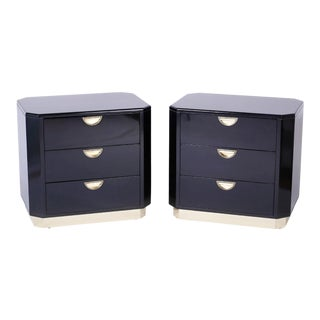 Mid Century End Tables or Nightstands by John Widdicomb - A Pair For Sale