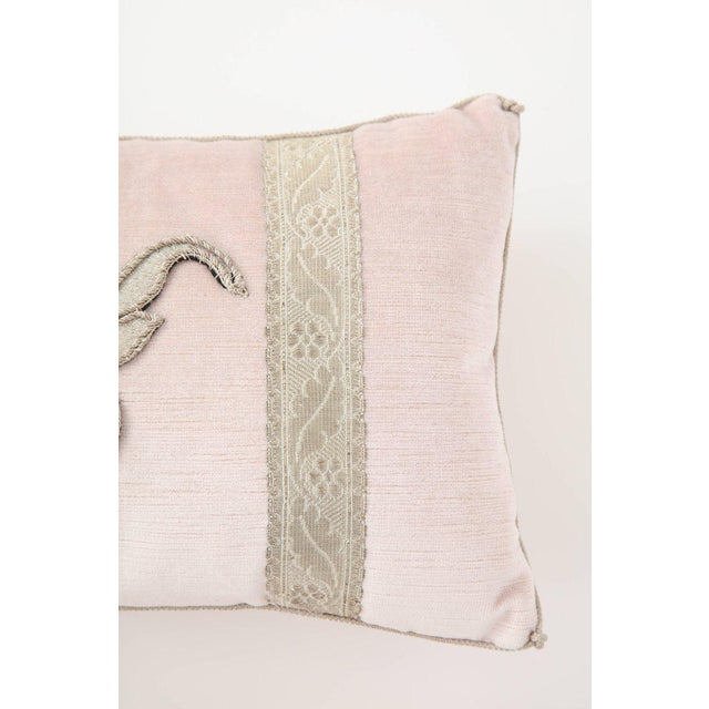 Modern Blush Pink Velvet Pillows- A Pair For Sale In New York - Image 6 of 9