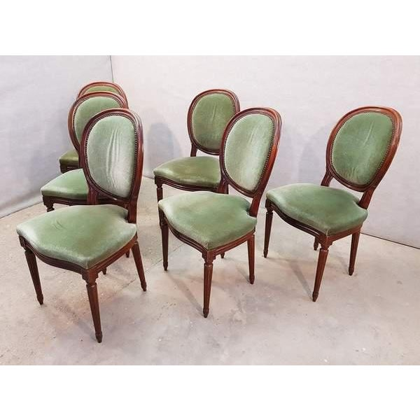 French Vintage Louis XVI Style Green Velvet Medallion Back Dining Chairs - Set of 6 For Sale In New York - Image 6 of 13