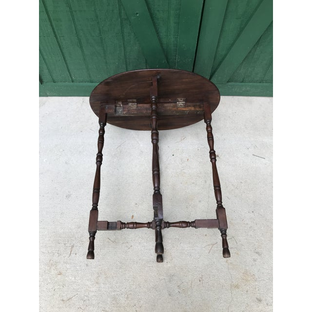 Mid 18th Century Victorian Oval Flip Top or Tilt-Top Table For Sale - Image 11 of 13