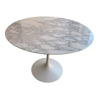 Eero Saarinen X Knoll Studio Dining Table For Sale