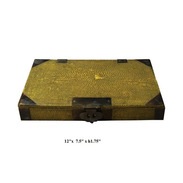 Vintage Chinese Yellow Rectangular Box For Sale - Image 5 of 5