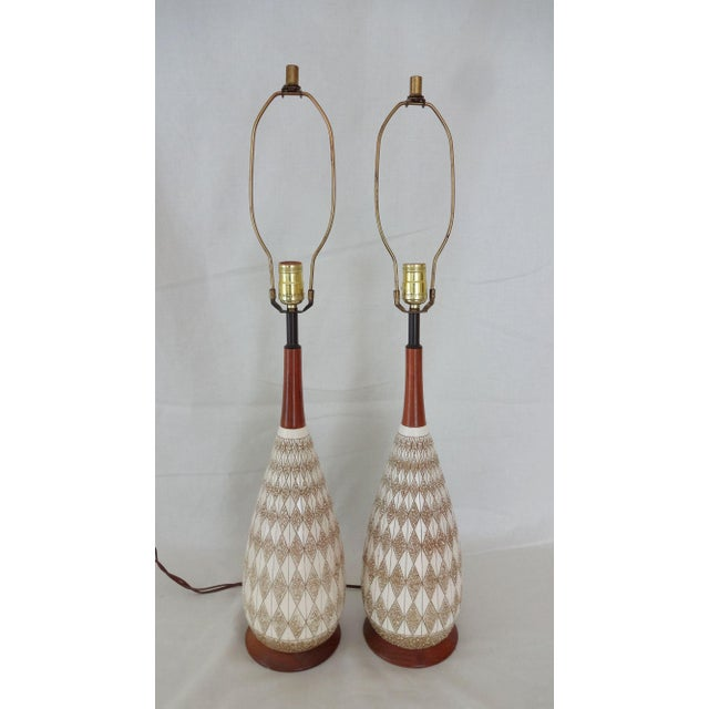 Mid-Century Textured Diamond Pattern Plaster and Teak Lamps - a Pair For Sale - Image 9 of 9