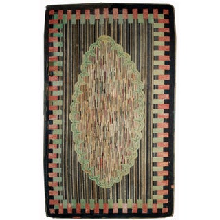 "American Antique Handmade Hooked Rug- 4'10"" x 7'7"" For Sale"