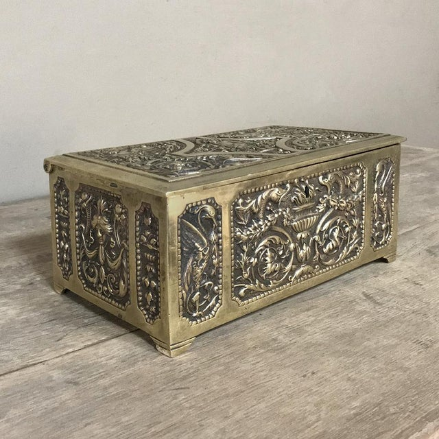 Jewelry Box, 19th Century French Renaissance, Cast in Bronze For Sale - Image 4 of 13