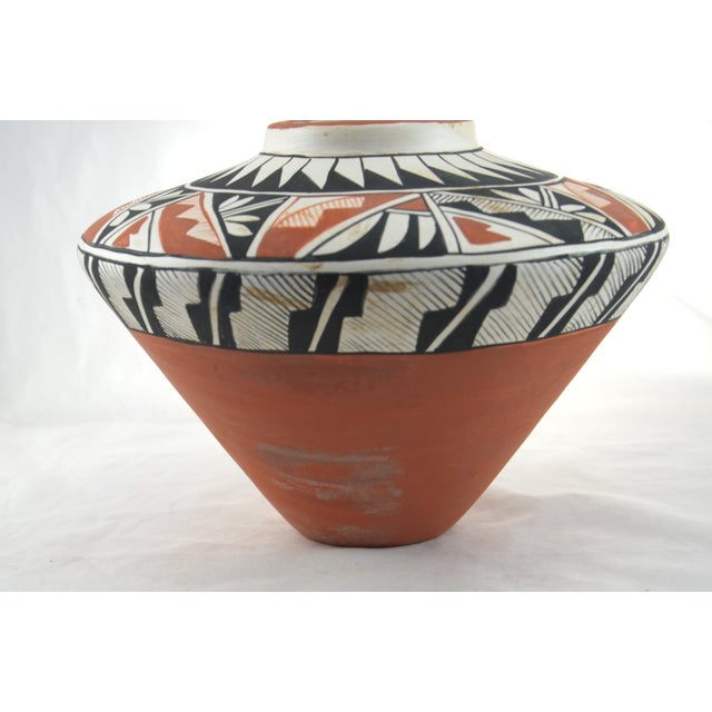 1970s Southwest Hand Painted Acoma Pueblo Olla Jar For Sale - Image 5 of 6