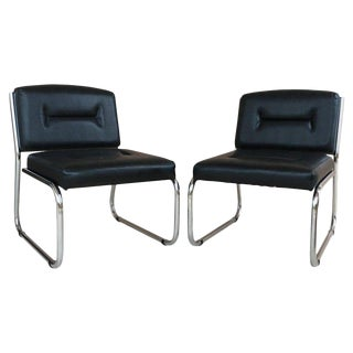 Pair of Art Deco Tubular Chrome Lounge Chairs in Black Leather For Sale