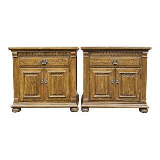 Vintage Ethan Allen Royal Charter Oak Nightstands - a Pair For Sale