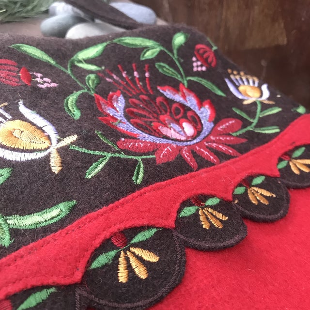 1980s Bohemian Scandinavian Style Wool Embroidered Christmas Stocking For Sale - Image 4 of 10