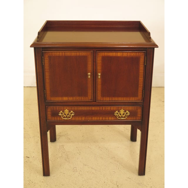 Traditional 1990s Vintage Drexel Chippendale Style Mahogany Nightstands - A Pair For Sale - Image 3 of 12