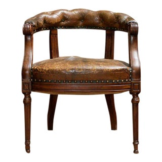 Mid 19th Century Tufted Leather and Mahogany Barrel-Back Library Chair For Sale