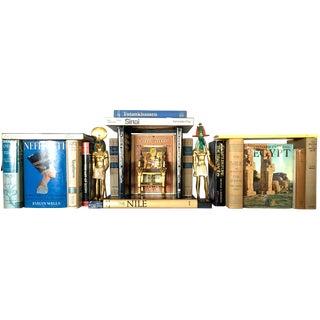 Mid Century Vintage Egyptian Book Collection & Metropolitan Museum of Art Objets d'Art - 21 Units For Sale