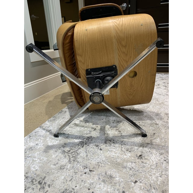 Vintage Mid Century Selig Manufacturing Company Chair & Ottoman For Sale - Image 10 of 13