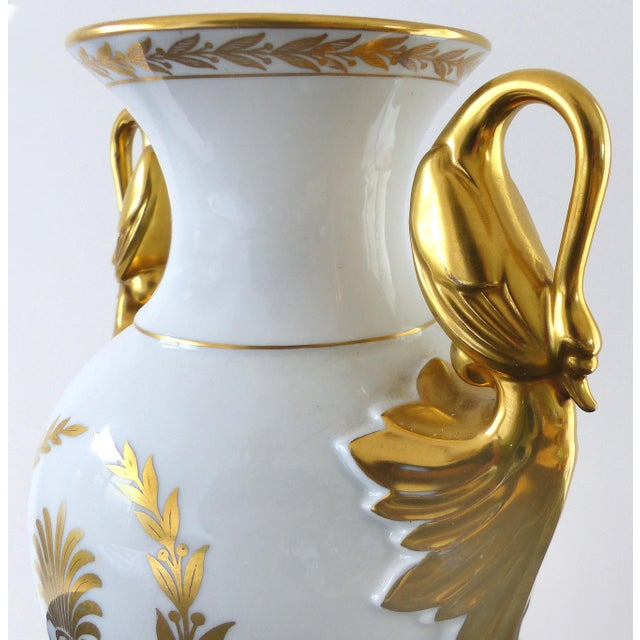 European Porcelain Swan Handle Urn - Image 4 of 11