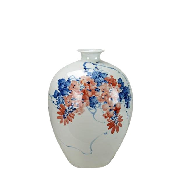Chinese Red Flower and Blue Vine Detailed White Porcelain Vase For Sale