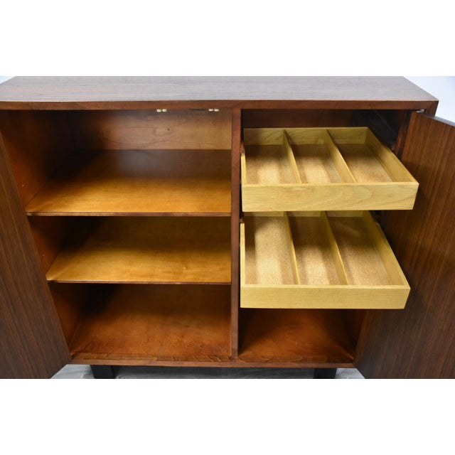 1950s George Nelson for Herman Miller Walnut Cabinet Credenza For Sale - Image 9 of 11