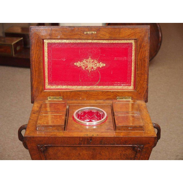 English Traditional Antique English 19th Century Carved Burled Walnut Tea Poy For Sale - Image 3 of 9