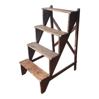 Tuscan Antique Step Ladder