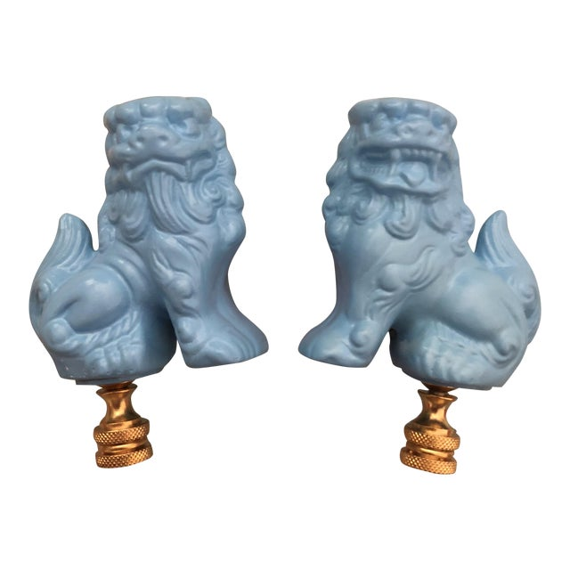 Chinoiserie Light Blue Foo Dogs Foo Lions Lamp Finials - a Pair For Sale