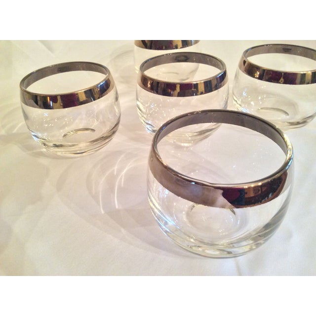 1950s Mid-Century Dorothy Thorpe Inspired Roly Poly Whiskey Glasses - Set of 5 For Sale - Image 5 of 13