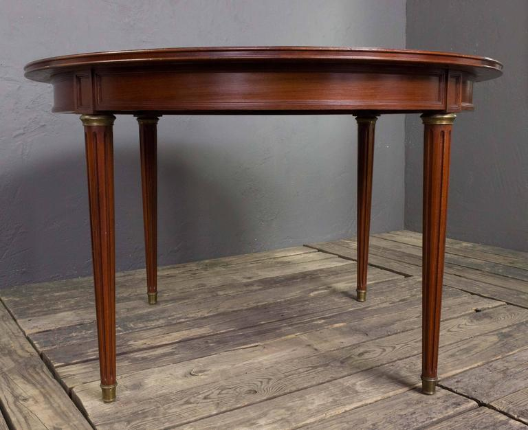 French Mahogany Dining Table With Two Leaves For Sale   Image 9 Of 11
